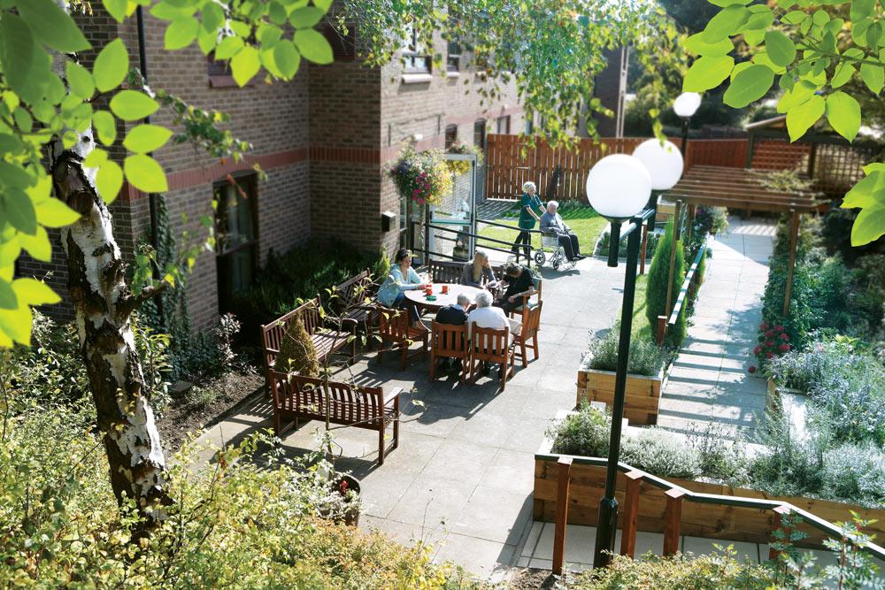 Garden-retouched